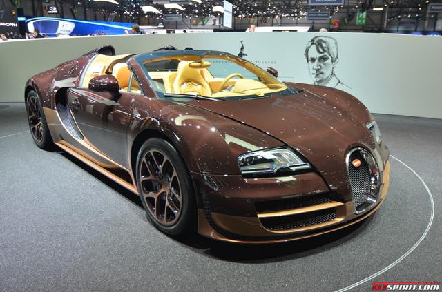 Đại gia bất động sản khoe Bugatti Veyron hàng siêu độc hút hồn fan siêu xe - Ảnh 2.