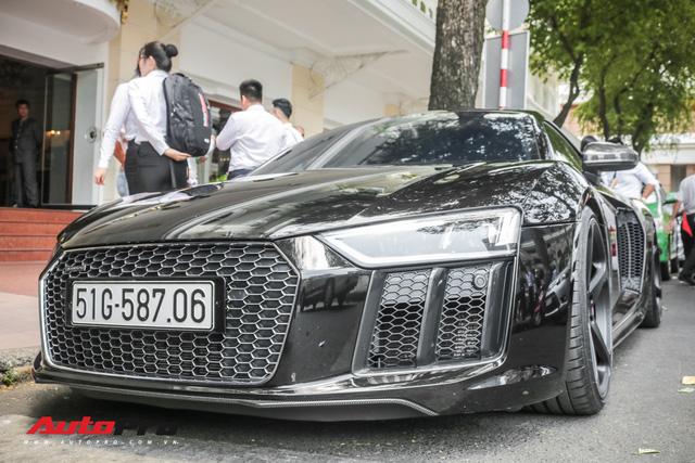 Cường Đô La đổi màu Audi R8 V10 Plus, tuy nhiên đây mới là điểm đáng chú ý - Ảnh 1.