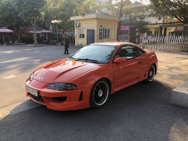 Hồi sinh Mitsubishi Eclipse 24 năm tuổi, thợ máy bán xe giá hơn 200 triệu để lên đời <a class=