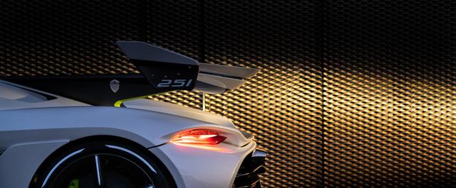 Koenigsegg Jesko lần đầu xuống phố, thể hiện vẻ đẹp không tì vết - Ảnh 9.