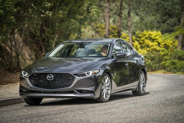 Mazda3 tính sử dụng động cơ tăng áp giống CX-5 - Ảnh 1.