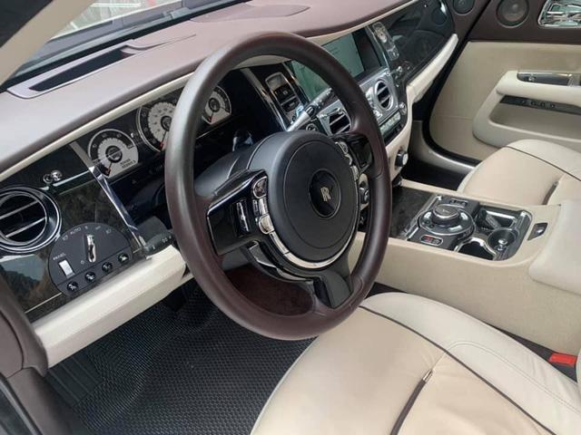 Giá bán lại của Rolls-Royce Wraith đầu tiên lên sàn xe cũ Việt Nam khiến nhiều người không khỏi bất ngờ - Ảnh 3.