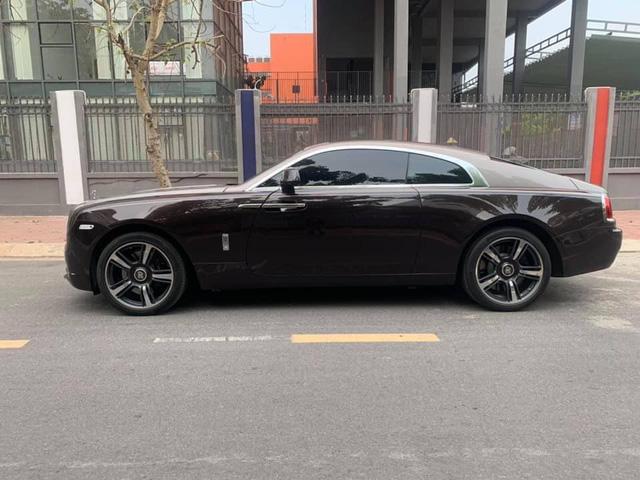 Giá bán lại của Rolls-Royce Wraith đầu tiên lên sàn xe cũ Việt Nam khiến nhiều người không khỏi bất ngờ - Ảnh 2.