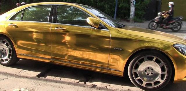 Phúc XO chi gần 1 triệu đồng/ngày thuê xe ô tô màu vàng để di chuyển - Ảnh 2.