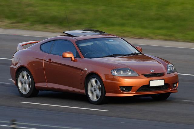 Xe thể thao của Hyundai nhái Bugatti Chiron kiểu nửa vời, dân mạng ném đá dữ dội - Ảnh 2.