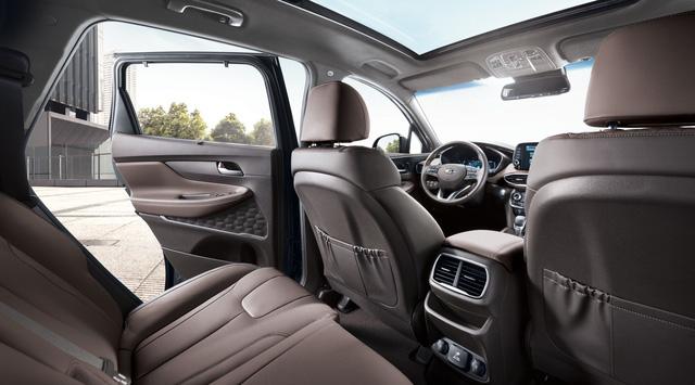 Người dùng nhận xét Hyundai Santa Fe sau khi đã sử dụng Mercedes-Benz GLK: Gần như hài lòng trừ ăn xăng - Ảnh 2.