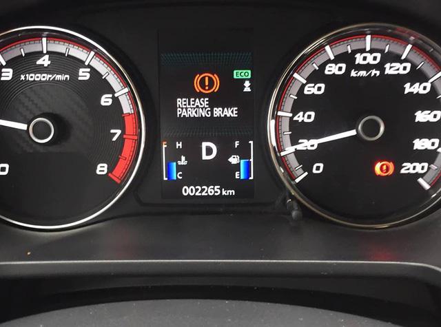 Chủ xe Xpander thắc mắc về ký hiệu 'lạ' trên đồng hồ, cộng đồng mạng tư vấn ít, chỉ trích nhiều - Ảnh 1.