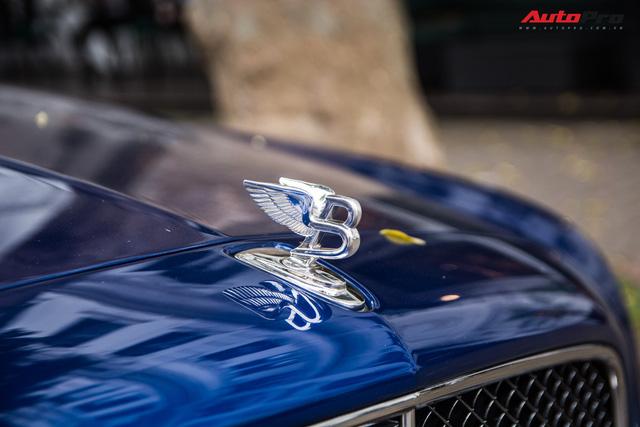 Cặp đôi kì phùng địch thủ cùng nhau khoe dáng nhưng chiếc Bentley Mulsanne Speed lại có phần hơn nhờ chi tiết này - Ảnh 6.