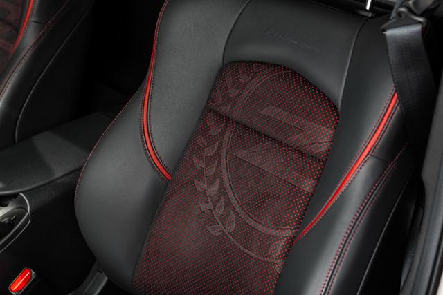 Nissan tổ chức sinh nhật 50 tuổi cho 370Z bằng phiên bản đặc biệt 50th Anniversary Edition 2020 - Ảnh 10.
