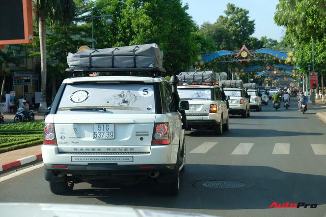 Trực tiếp: Dàn Range Rover của Trung Nguyên chính thức lên đường xuyên Việt, bắt đầu Hành trình từ trái tim 2019 - Ảnh 2.