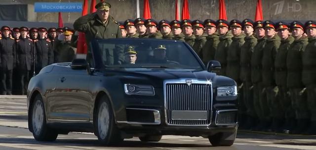 Aurus Convertible xuất hiện hoàn chỉnh, thiết kế không khác gì Rolls-Royce Phantom Drophead Coupe - Ảnh 2.
