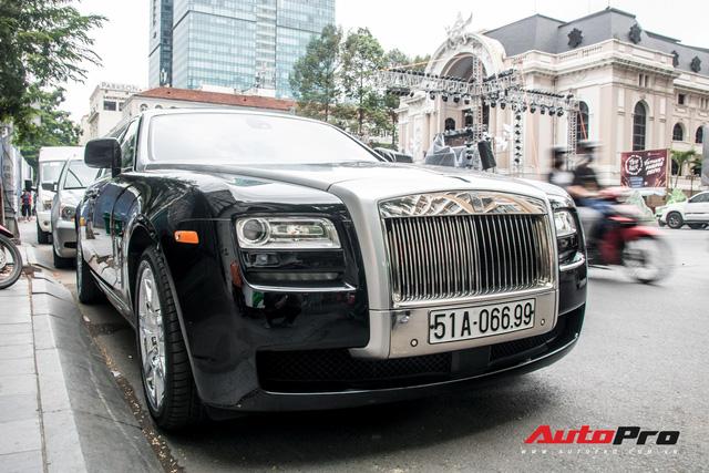 Rolls-Royce Ghost của nhà chồng Tăng Thanh Hà tái xuất trên phố Sài Gòn - Ảnh 3.