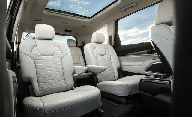 Đánh giá Kia Telluride: Đây là lý do Ford Explorer phải dè chừng đàn anh Sorento - Ảnh 14.