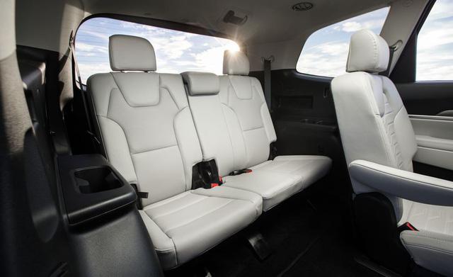 Đánh giá Kia Telluride: Đây là lý do Ford Explorer phải dè chừng đàn anh Sorento - Ảnh 15.