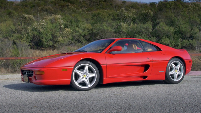 Ngay cả khi trở thành đống sắt rỉ, xe Ferrari vẫn có người mua! - Ảnh 2.