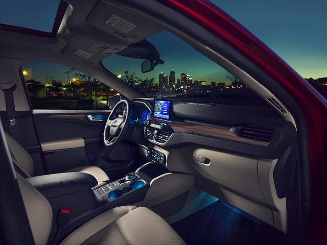 Ra mắt Ford Escape thế hệ mới: Quá nhiều chờ mong về Việt Nam để cạnh tranh Honda CR-V - Ảnh 8.