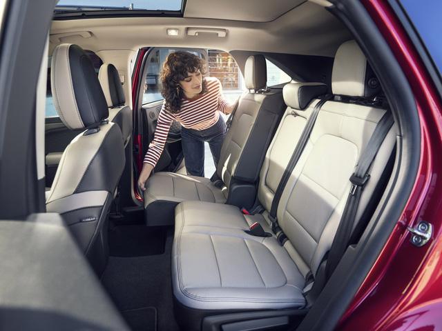 Ra mắt Ford Escape thế hệ mới: Quá nhiều chờ mong về Việt Nam để cạnh tranh Honda CR-V - Ảnh 7.