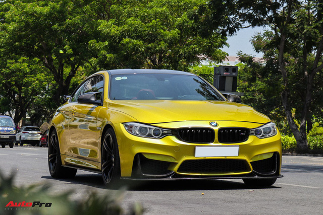 BMW M4 đời 2016 nhập Đức gắn nhiều đồ chơi rao bán giá 3,2 tỷ đồng - Ảnh 2.
