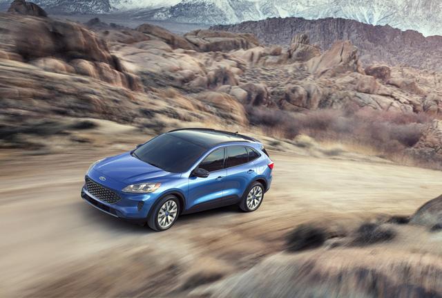 Ra mắt Ford Escape thế hệ mới: Quá nhiều chờ mong về Việt Nam để cạnh tranh Honda CR-V - Ảnh 2.