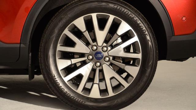Soi kỹ loạt ảnh chi tiết Ford Escape 2020 chưa từng công bố - Ảnh 12.