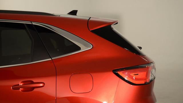 Soi kỹ loạt ảnh chi tiết Ford Escape 2020 chưa từng công bố - Ảnh 5.
