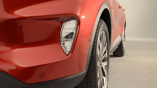Soi kỹ loạt ảnh chi tiết Ford Escape 2020 chưa từng công bố - Ảnh 8.