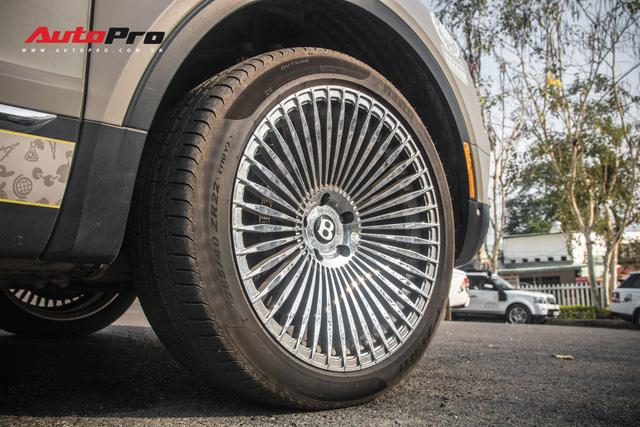 Bentley Bentayga gắn ống thở bất ngờ xuất hiện trong đoàn xe Hành trình từ trái tim 2019 - Ảnh 6.