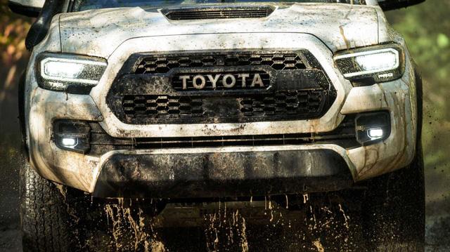 Toyota chuẩn bị đổi khung gầm Hilux, đồng bộ hóa với bán tải toàn cầu