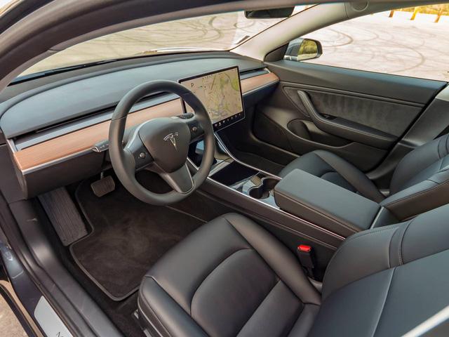 Rộ tin xe điện Tesla Model 3 đầu tiên về Việt Nam - Ảnh 4.