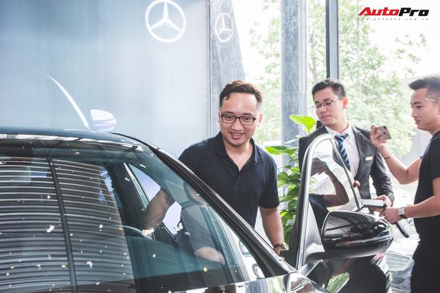 Gặp 'Chủ tịch' Đức SVM mua xe Mercedes 1,7 tỷ đồng và cái kết đừng đánh giá người khác qua vẻ ngoài - Ảnh 6.
