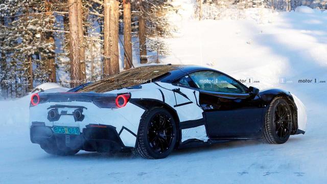 Ferrari lộ thông số khủng khiếp của siêu xe mới: Gần 1.000 mã lực! - Ảnh 2.