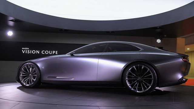 Mazda công bố vũ khí bí mật trong canh bạc xe sang đấu <a class=