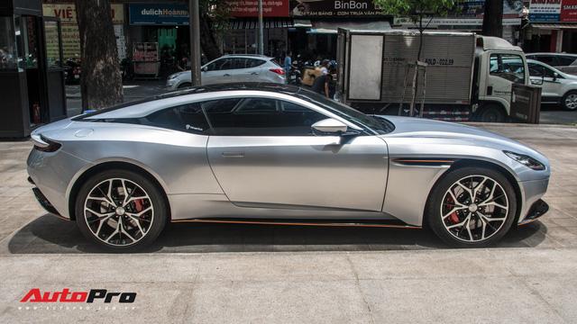 Aston Martin DB11 V8 của đại gia Vũng Tàu ra biển số gánh, tái xuất với diện mạo mới - Ảnh 11.