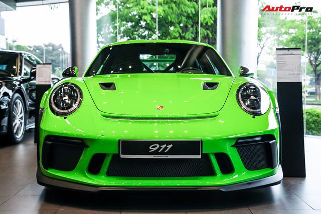 Cận cảnh hàng khủng Porsche 911 GT3 RS màu xanh lá độc nhất Việt Nam, sở hữu một trang bị đắt hơn cả Mitsubishi Xpander - Ảnh 3.