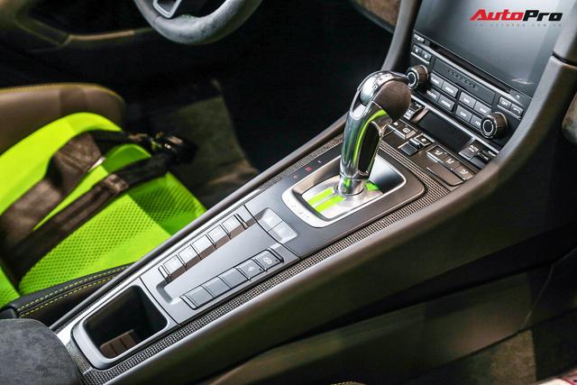 Cận cảnh hàng khủng Porsche 911 GT3 RS màu xanh lá độc nhất Việt Nam, sở hữu một trang bị đắt hơn cả Mitsubishi Xpander - Ảnh 10.