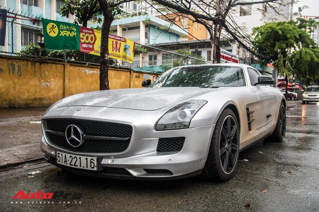 Tóm gọn Mercedes-Benz SLS AMG của ông Đặng Lê Nguyên Vũ khi trên đường về nhà riêng từ Đak Lak - Ảnh 6.