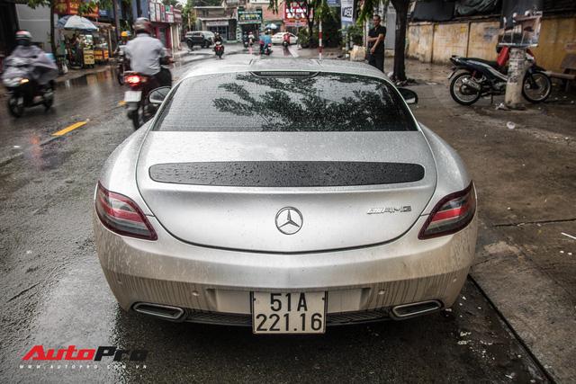 Tóm gọn Mercedes-Benz SLS AMG của ông Đặng Lê Nguyên Vũ khi trên đường về nhà riêng từ Đak Lak - Ảnh 9.