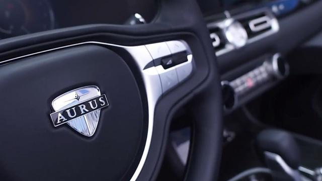 Limousine như Rolls-Royce của tổng thống Putin mở mui, chạy thử cho lễ diễu binh - Ảnh 4.