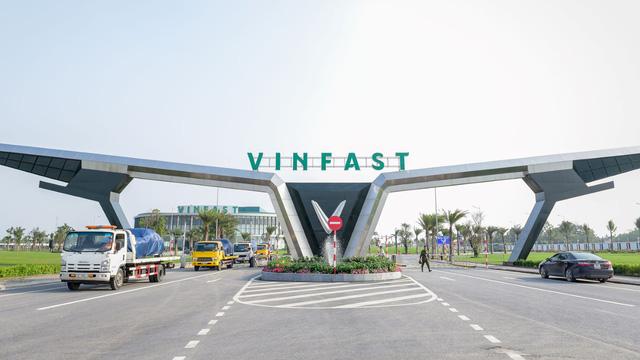 Thành lập VinBus: Xe do VinFast sản xuất