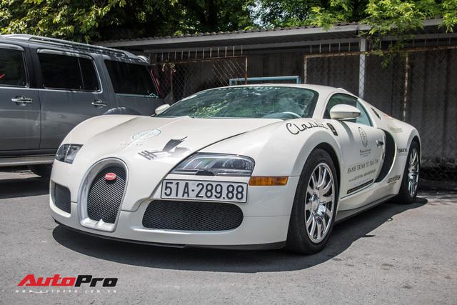 Tóm gọn Bugatti Veyron 16.4 của ông Đặng Lê Nguyên Vũ đi đăng kiểm - Ảnh 6.
