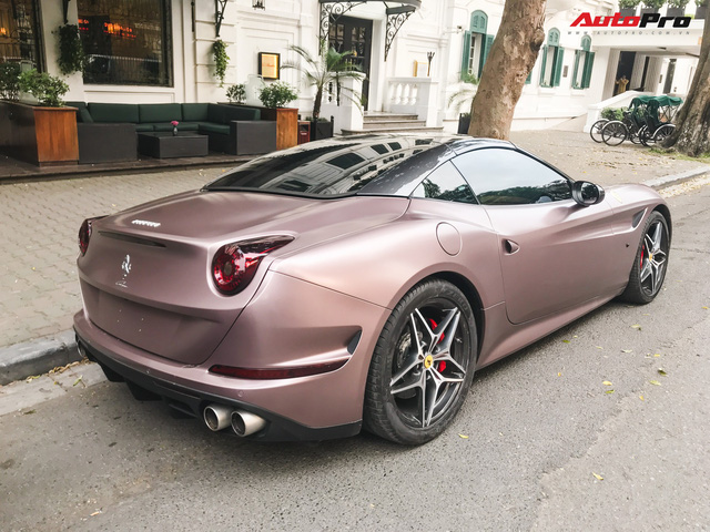 Dân chơi đồng hồ khét tiếng Hà Nội mạnh tay chi tiền sơn lại Ferrari California T màu độc - Ảnh 7.