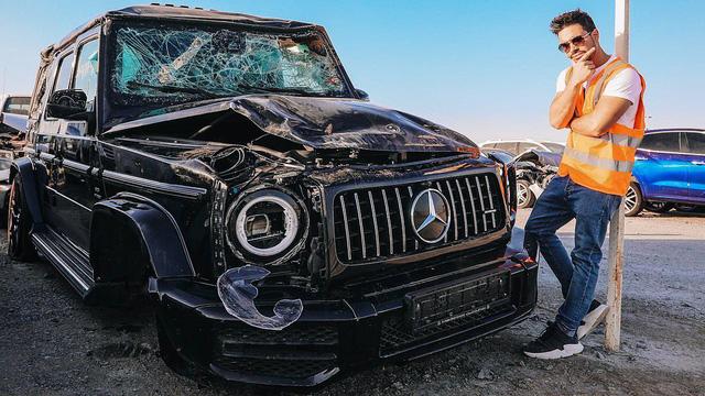 'Bãi rác ô tô' đầy xe sang tại Dubai: Lamborghini Urus, Mercedes-Benz G-Class nhiều như nấm, Batmobile cũng có