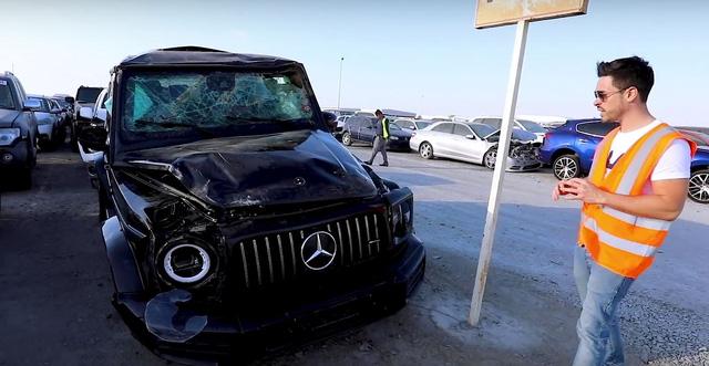 Bãi rác ô tô đầy xe sang tại Dubai: Lamborghini Urus, Mercedes-Benz G-Class nhiều như nấm, Batmobile cũng có - Ảnh 2.