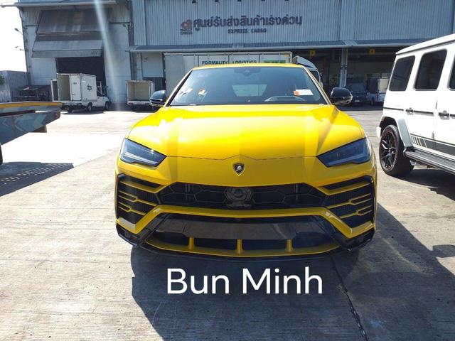 Bên trong showroom toàn siêu xe, xe sang tiền tỷ của người Việt trên đất Lào ít người biết tới - Ảnh 5.