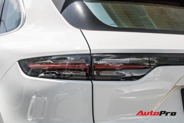 Cường Đô-la, Đàm Thu Trang mạnh tay chi hơn 7 tỷ đồng tậu Porsche Cayenne S thế hệ mới - Ảnh 12.
