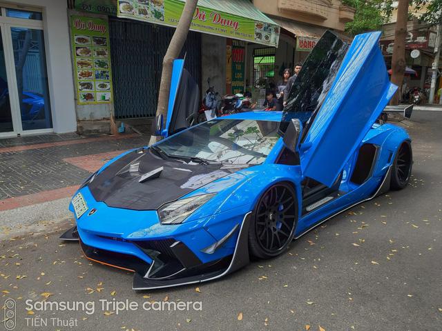 Đỉnh cao của độ xe là về zin, Lamborghini Aventador độ Liberty Walk 3 tỷ đồng của đại gia Vũng Tàu về lại màu sơn gốc - Ảnh 4.