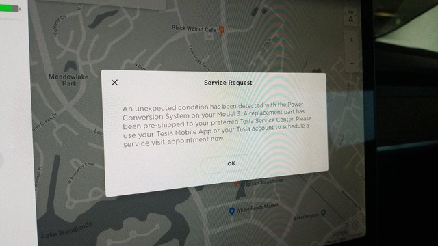 Dành cho người dùng xe mà không quan tâm bảo dưỡng: Xe Tesla tự tìm lỗi và tự liên hệ với hãng để đặt lịch sửa chữa - Ảnh 1.