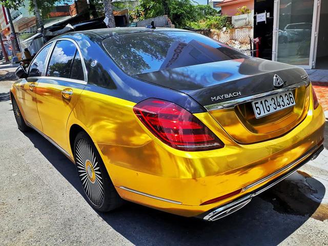 Đại gia Sài Gòn giả Mercedes-Benz S-Class như Maybach dát vàng Trung Đông, logo mâm xe như <a class=