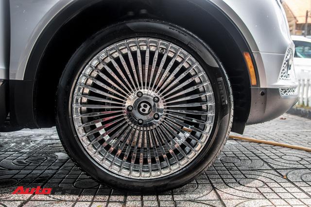 Tóm gọn Bentley Bentayga First Edition của ông Đặng Lê Nguyên Vũ đi bảo dưỡng - Ảnh 7.