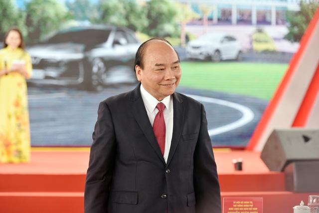Phó Chủ tịch kiêm Tổng Giám đốc Tập đoàn VinGroup: VinFast đã nhận được đơn đặt hàng hơn 10.000 xe ô tô - Ảnh 3.